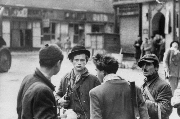Ούγγροι αντάρτες, Βουδαπέστη, 1956.