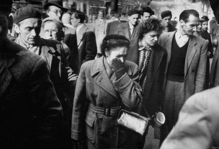 Αντίδραση στο μακελειό στους δρόμους της Βουδαπέστης, 1956.