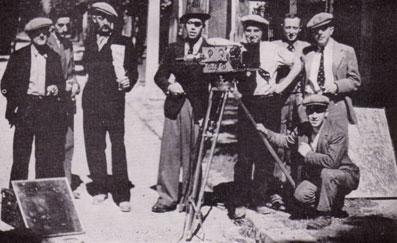ΛΛ (τελευταία μέρα των γυρισμάτων): ένας μηχανικός, Prevert, ένας μηχανικός (Αύγουστος 1932)