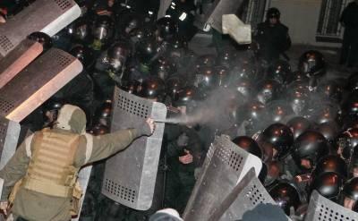 kiev_protest_police_0212_400_247_70