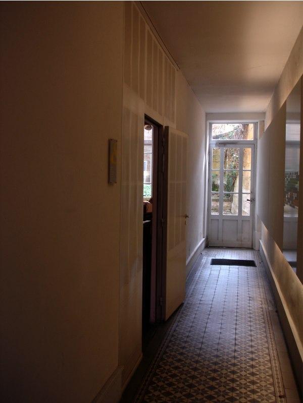 Charleville. Το σπίτι όπου έζησε ο Ρεμπώ. Ο διάδρομος.