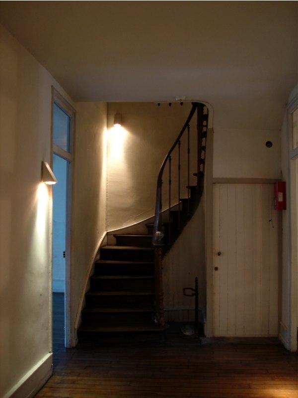 Charleville. Το σπίτι όπου έζησε ο Ρεμπώ. Οι σκάλες που οδηγούν στα δωμάτια.