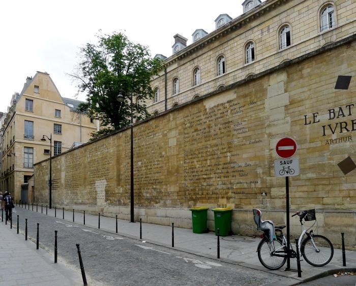 Το ποίημα Le bateau ivre σε έναν τοίχο στο Παρίσι