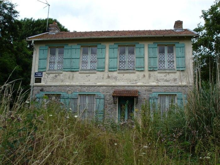 Roche. Το σπίτι στο αγρόκτημα του Ρεμπώ.