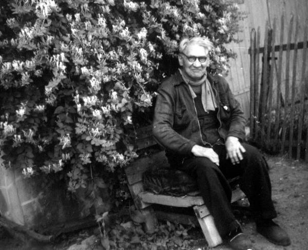 Ο Μαριούς Ζακόμπ μετακόμισε στο Reuilly το 1939 μετά από είκοσι χρόνια στη φυλακή στη Γουιάνα.