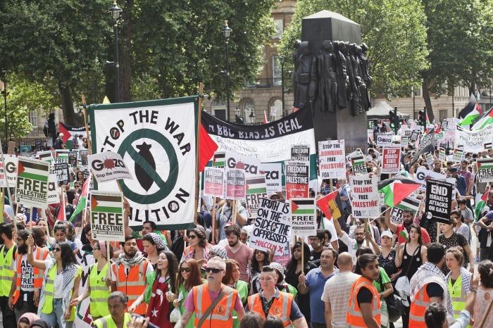 Η πορεία των διαδηλωτών στο Λονδίνο
