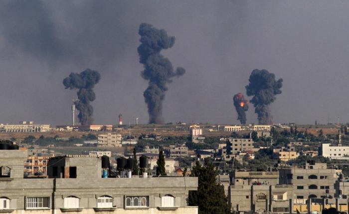 Ισραηλινή επιδρομή στο αεροδρόμιο της Γάζας στην πόλη Ράφα