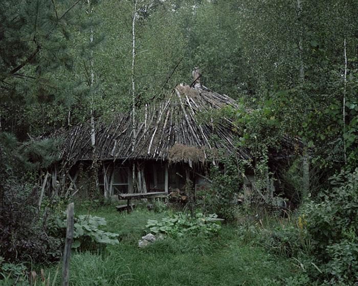 living-in-the-wild-escape-danila-tkachenko-11