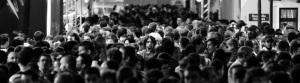 1-man-in-the-crowd-paris_1500a